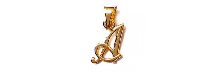 Pendentifs initiales en plaqué or.