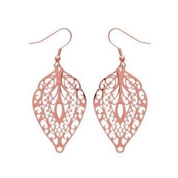 Boucles d'oreilles en acier rosé.