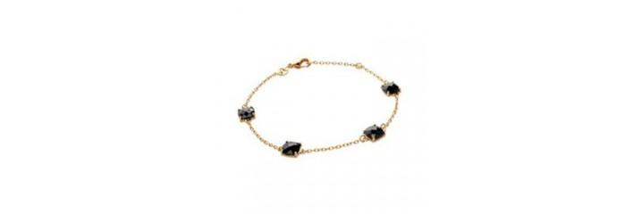 Bracelets et colliers en plaqué or avec pierres